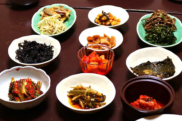 前菜のナムル各種